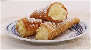Cream-filled fried rolls